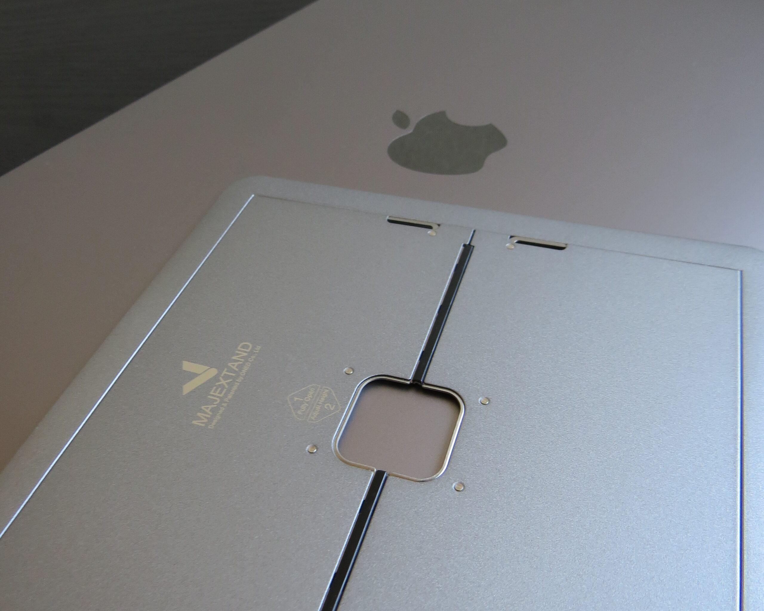 MajextandとMacBook