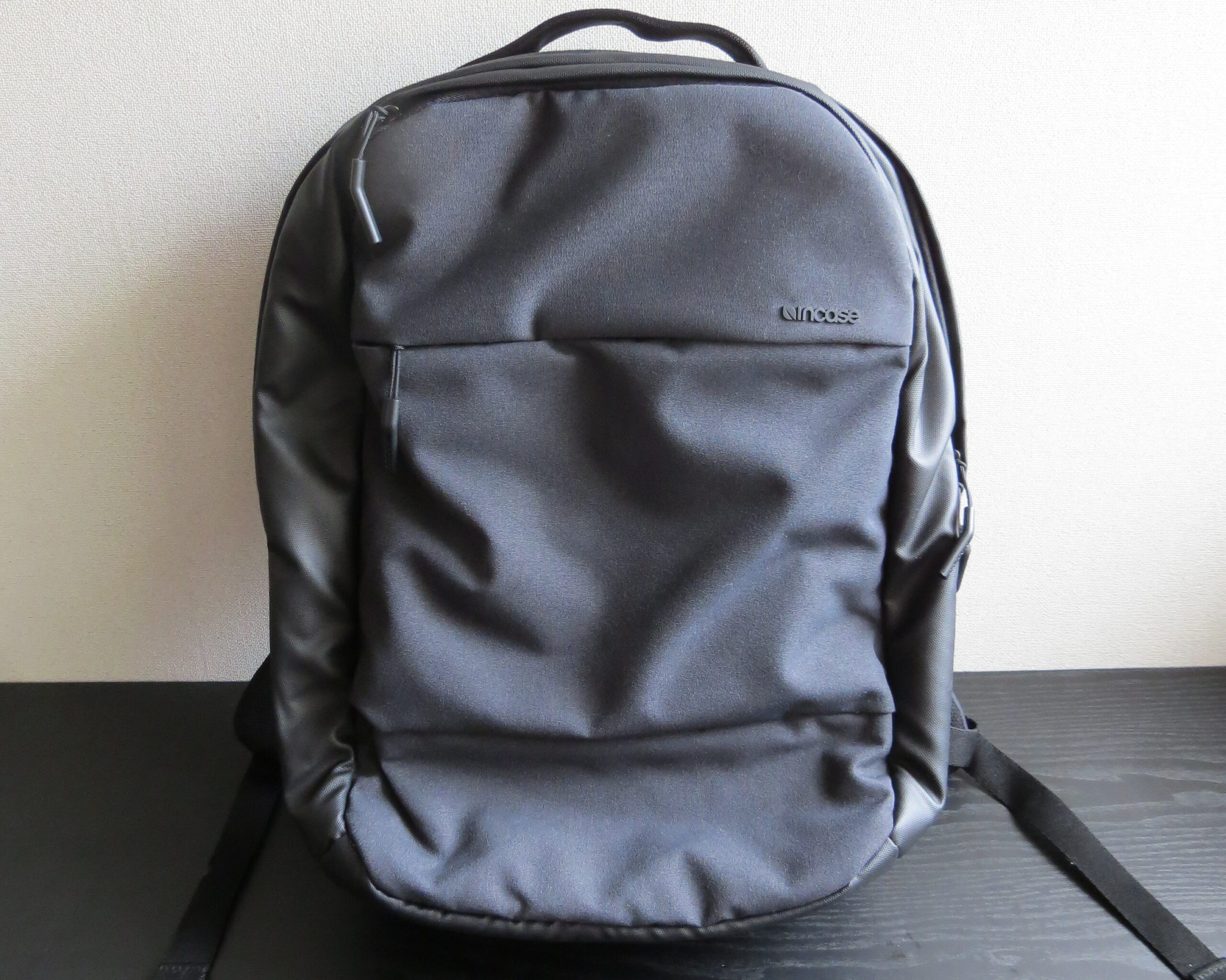 city collection compact backpackの外観