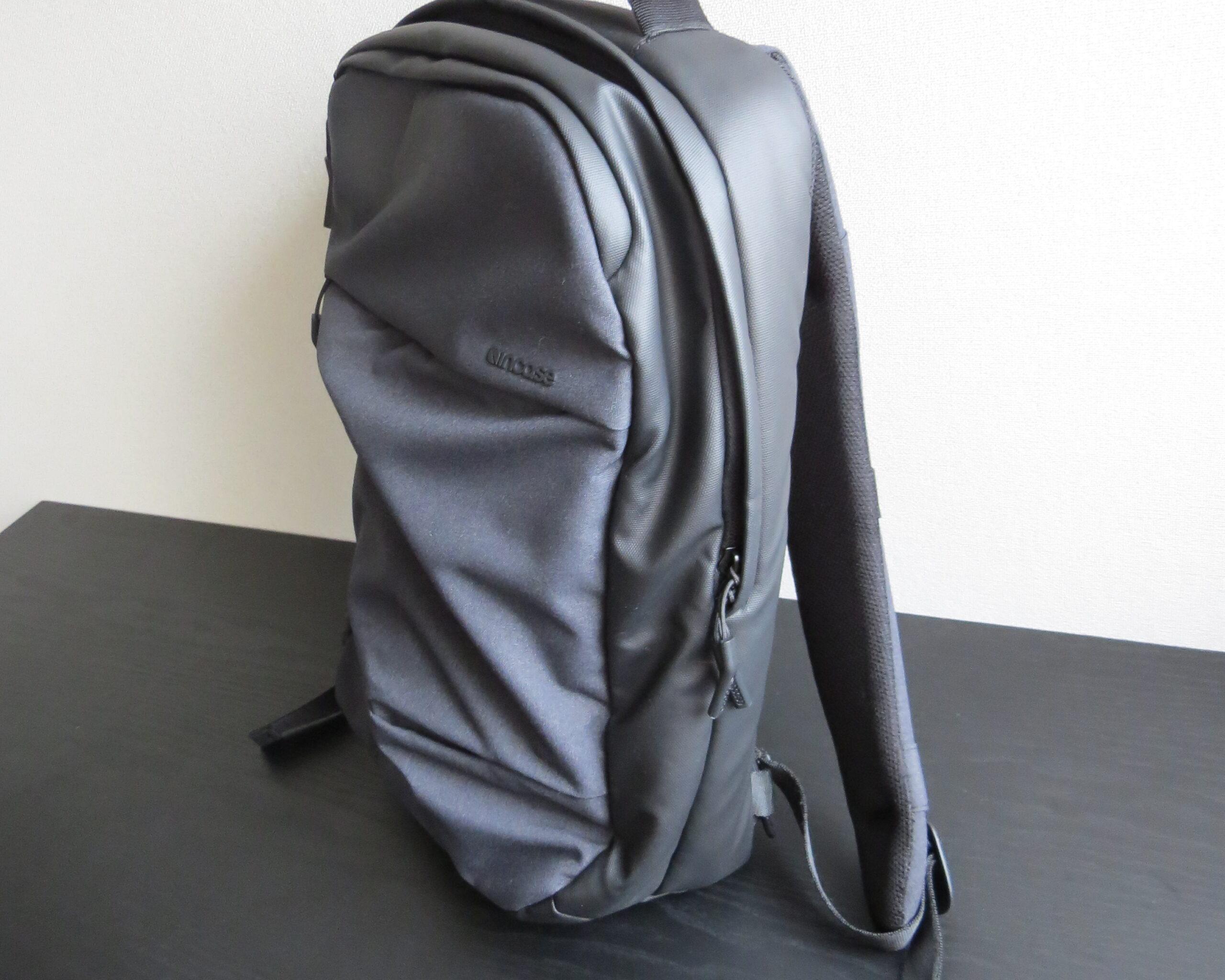 city collection compact backpackに荷物を入れてみた