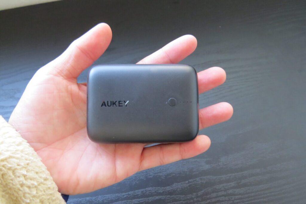 AUKEY Basix Mini PB-N83のサイズ